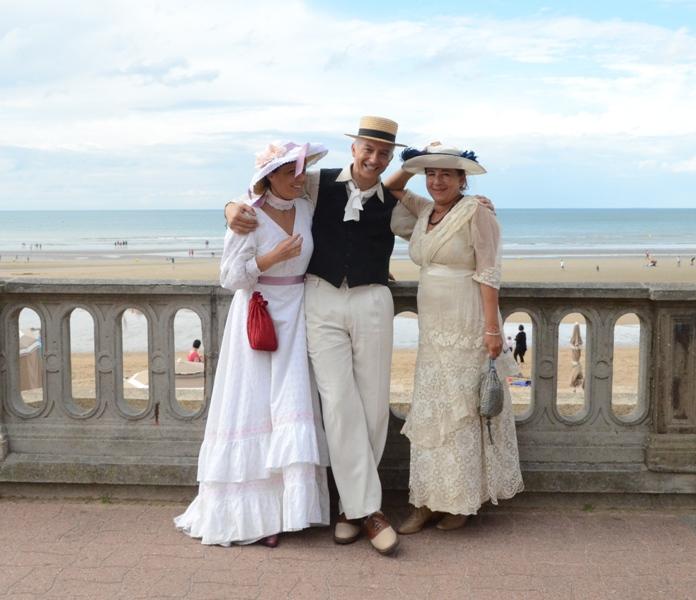 Notre weekend Belle époque a Cabourg ( photos) 4 et 5 aout 2012 - Page 2 Cabour28