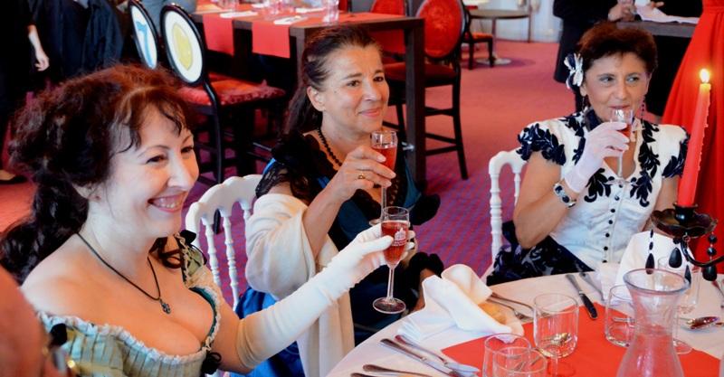 Notre weekend Belle époque a Cabourg ( photos) 4 et 5 aout 2012 - Page 2 Cabour39