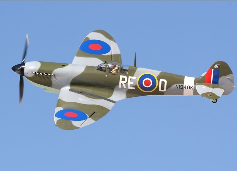 Spitfire maison de Cendre Spitfi10