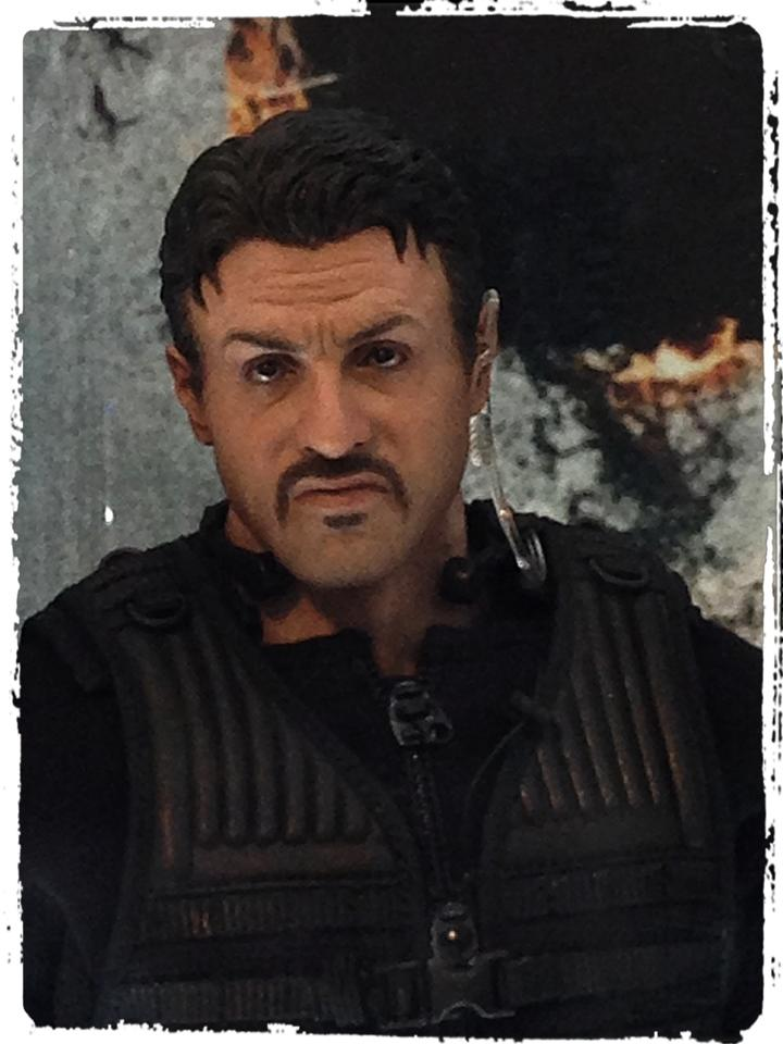 "HOTTOYS (figurine 12"" THE EXPENDABLES) - Page 7 42032210"