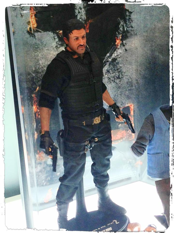 "HOTTOYS (figurine 12"" THE EXPENDABLES) - Page 7 52267810"
