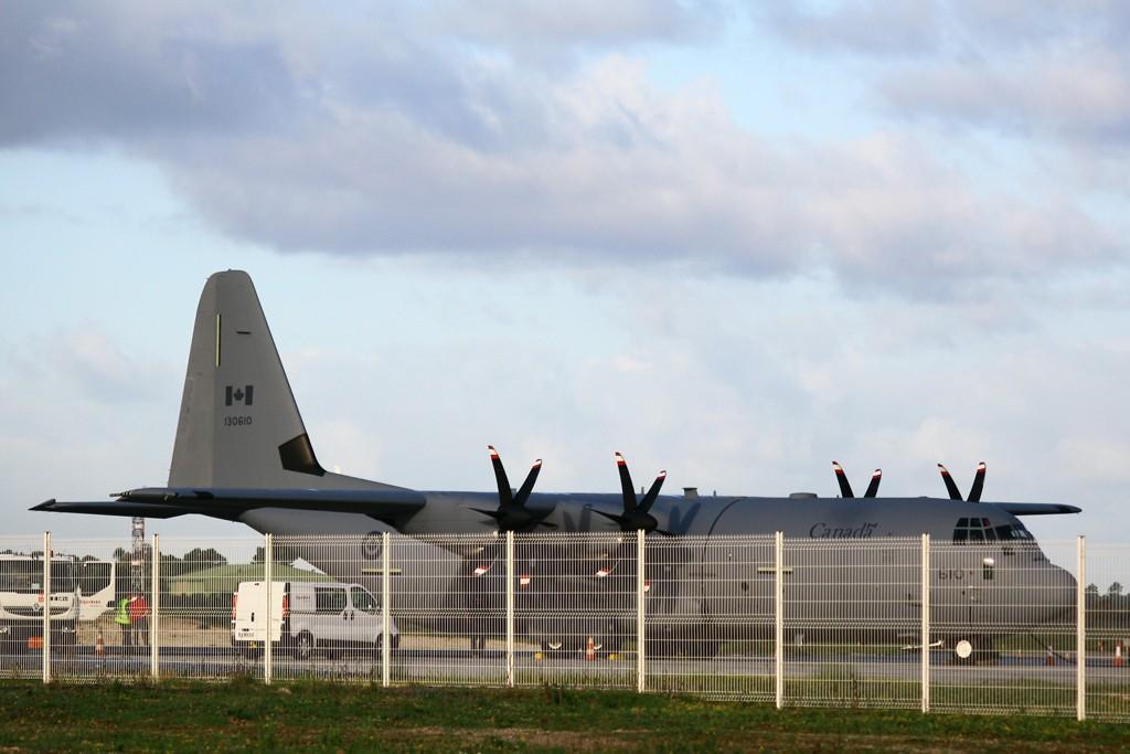 Les exclusivités sur Bordeaux-Mérignac, les plus beaux avions Img_4612