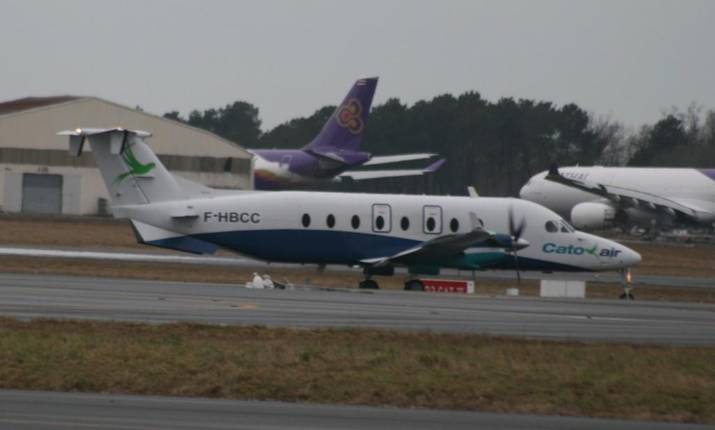 Les exclusivités sur Bordeaux-Mérignac, les plus beaux avions Img_5713