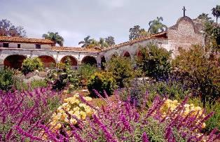 LA PACIFIC COAST HIGHWAY Garden10