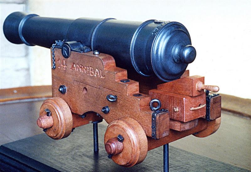 36 lb. 1/24 conformément au règlement de 1767 1610