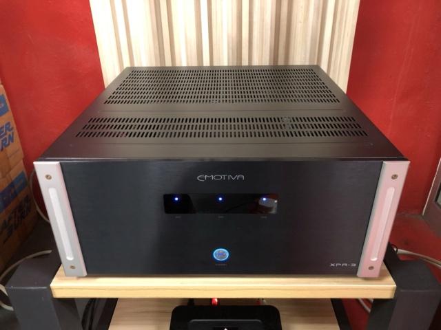 Emotiva XPA-3 3-Channel Power Amplifier Img_1313