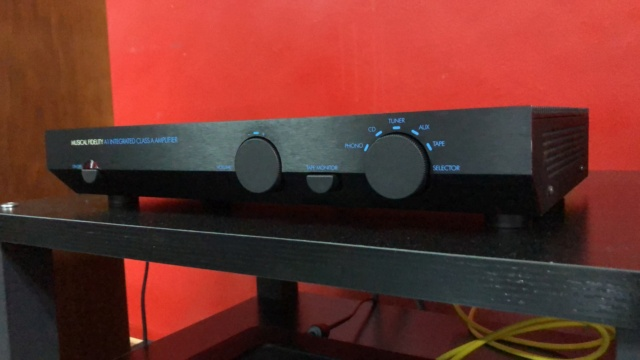 Musical Fidelity A1 Class A Integrated Amplifier Img_1725