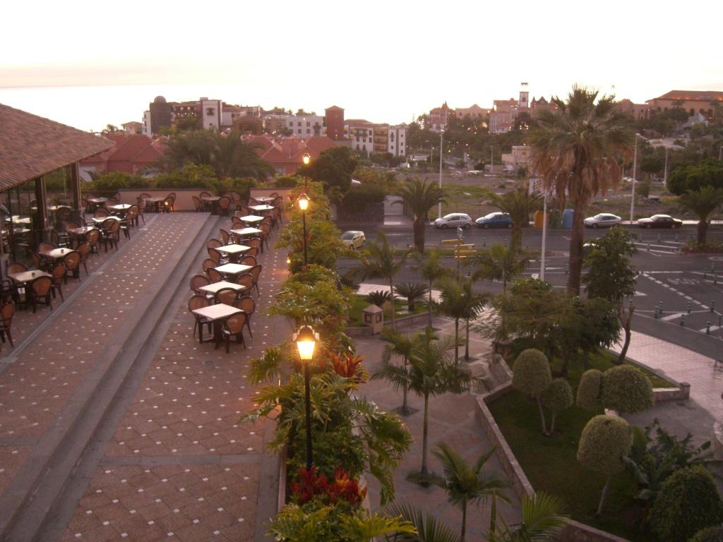 Canary Islands, Tenerife, Costa Adeje, Costa Adeje, Gran Hotel Cimg1324