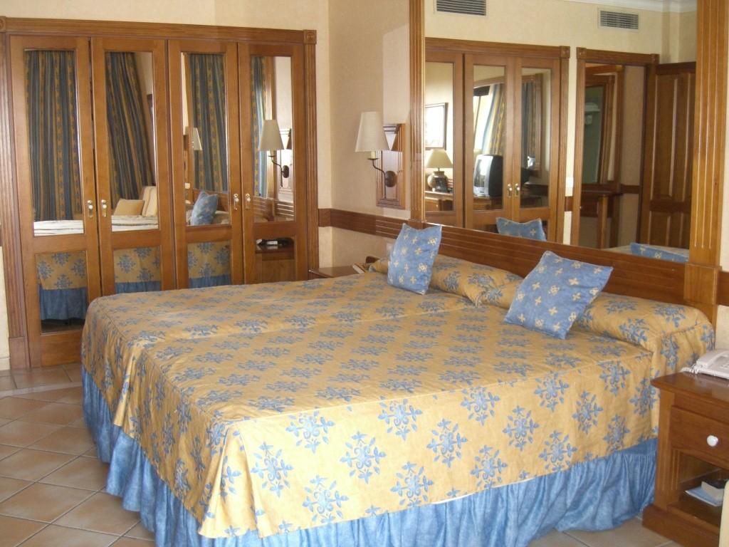 Canary Islands, Tenerife, Costa Adeje, Costa Adeje, Gran Hotel Cimg1413