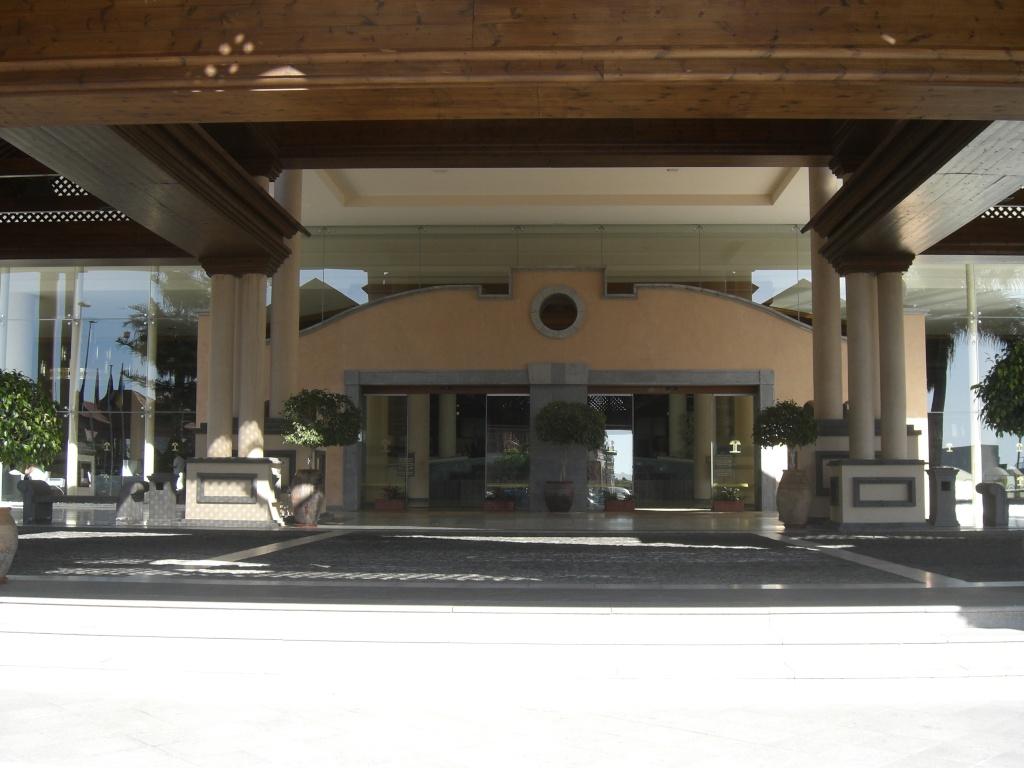 Canary Islands, Tenerife, Costa Adeje, Costa Adeje, Gran Hotel Cimg1423