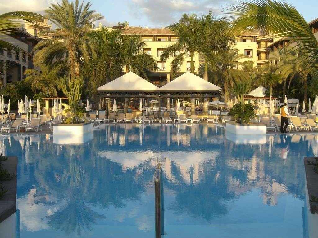 Canary Islands, Tenerife, Costa Adeje, Costa Adeje, Gran Hotel Cimg1425