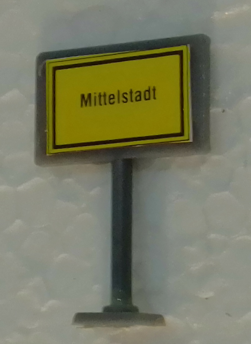 Mittelstadt in H0 Img_2345