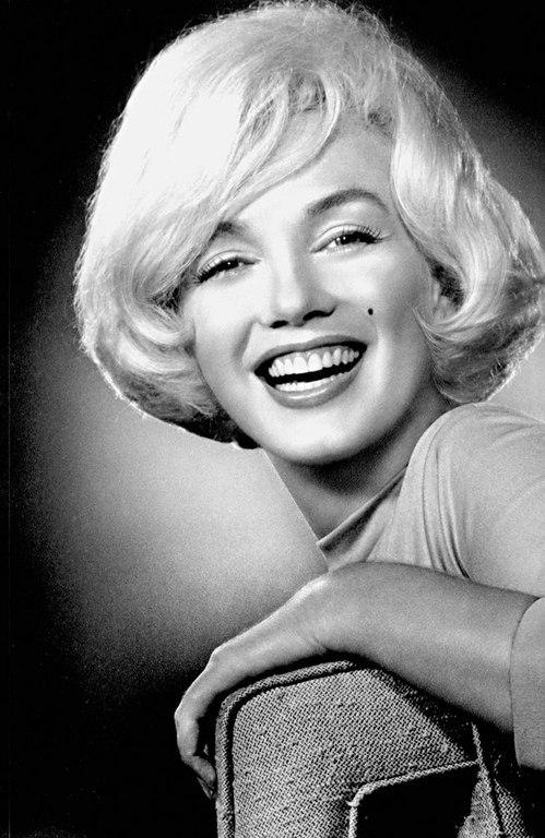 Marilyn Monroe - Page 6 Tfxalh10