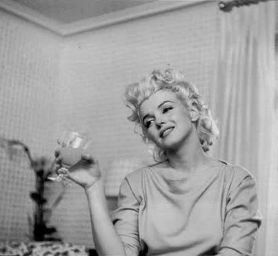 Marilyn Monroe - Page 6 Tumbl432