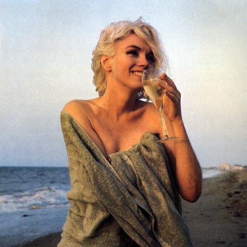 Marilyn Monroe - Page 7 Tumbl873