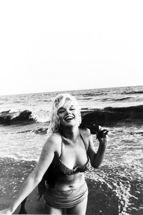 Marilyn Monroe - Page 7 Tumbl874