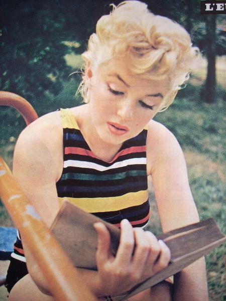 Marilyn Monroe - Page 7 Tumbl935