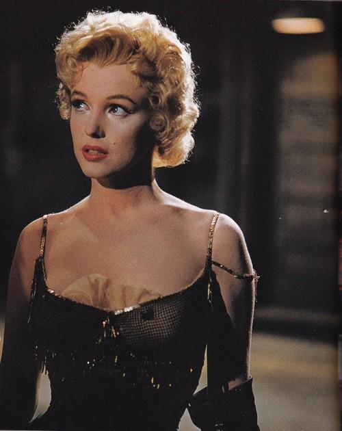 Marilyn Monroe - Page 8 Tumbl996
