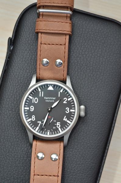 flieger - Cette flieger : copie ou hommage de quelle montre originale ? - Page 4 D7k_0519