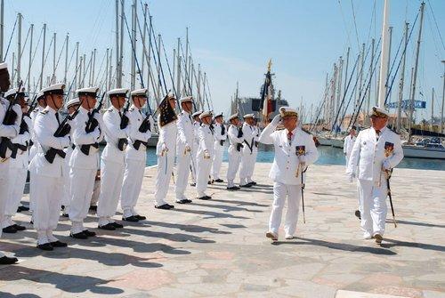 [LES PORTS MILITAIRES DE MÉTROPOLE] Mouvements de Bâtiments dans la rade de Toulon - Page 5 0_prem10