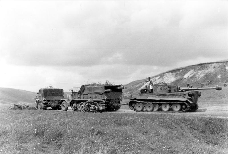 Les chars allemands monstrueux, une intox apparue dès 1943. Bundes10