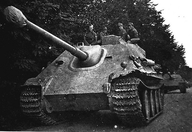 Panzerjaegerabteilung-Détachement des chasseurs de char Jagdpa11