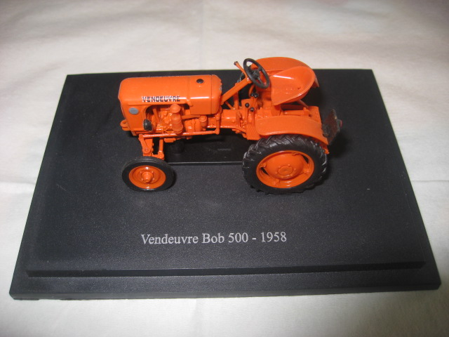 tracteur VENDEUVRE bob 500 Img_5010