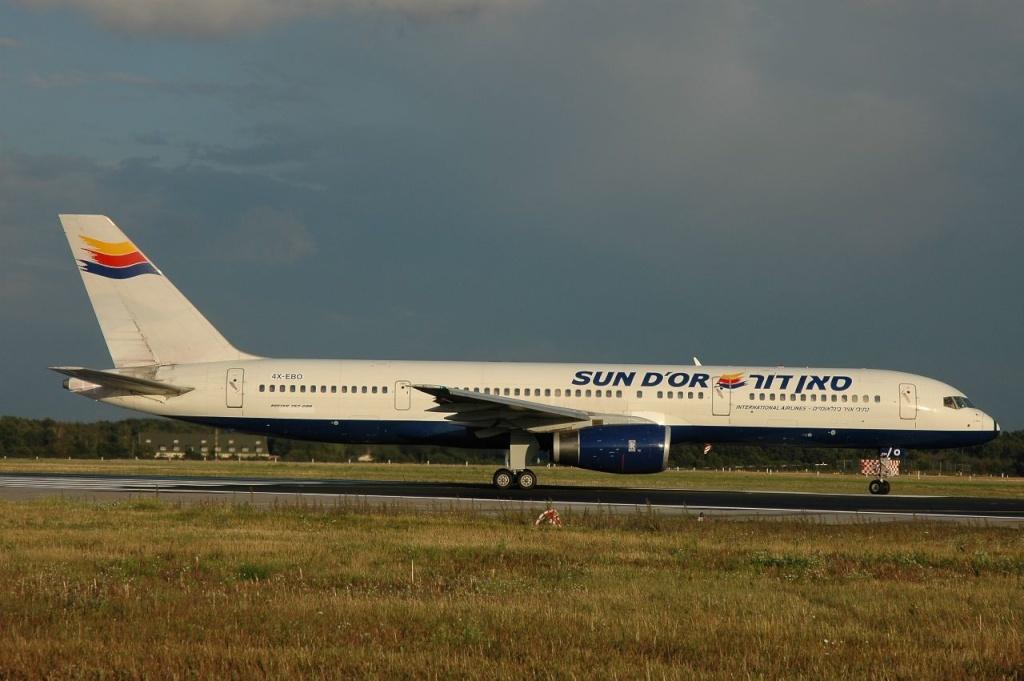 757 in FRA 4x-ebo10