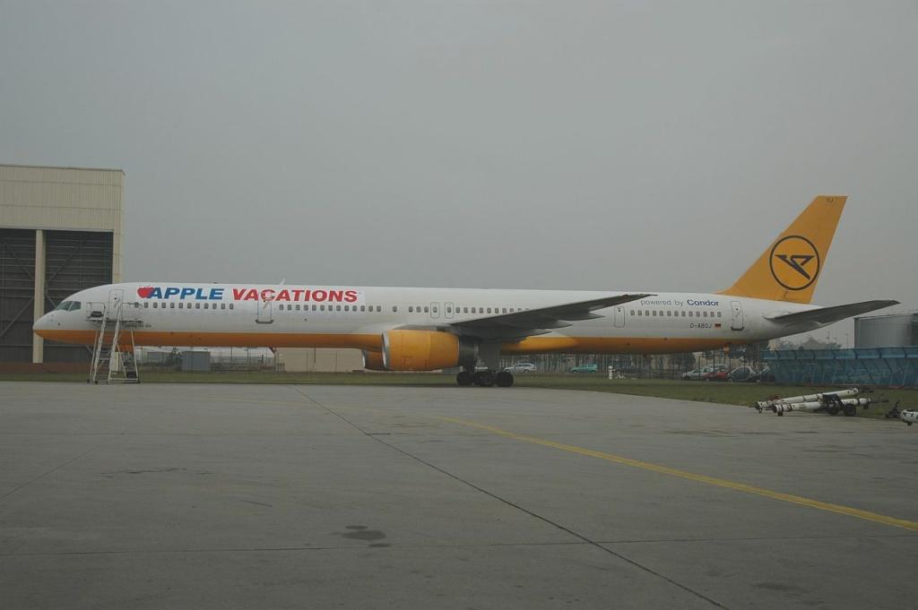 757 in FRA D-aboj10