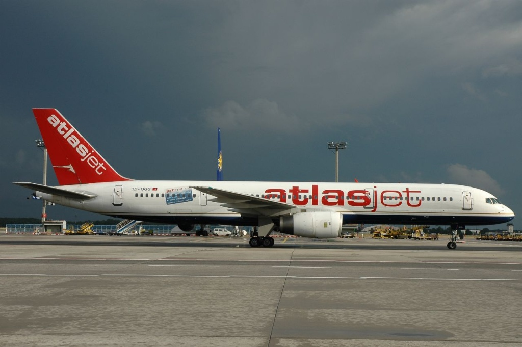 757 in FRA - Page 2 Tc-ogg10