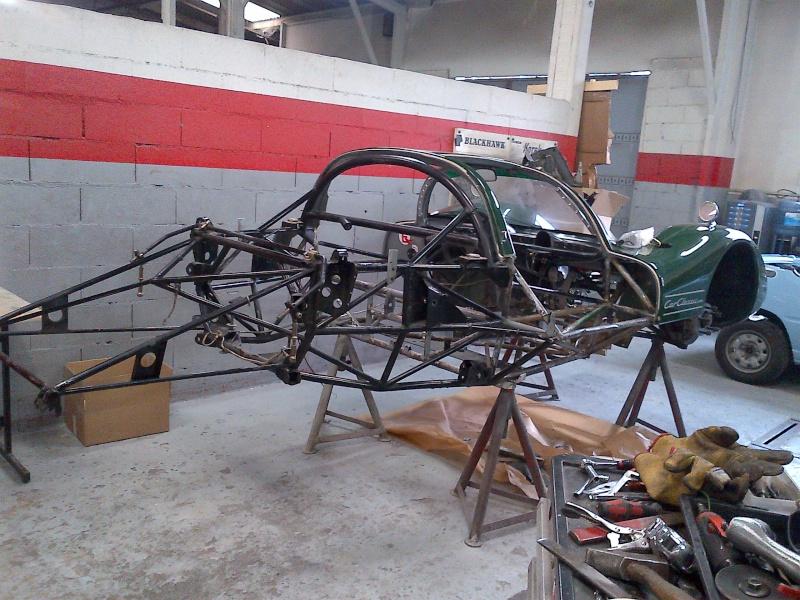 Une aventure mémorable, j'ai participé au Mans Classic 2012 en Porsche 906... - Page 4 Img-2010