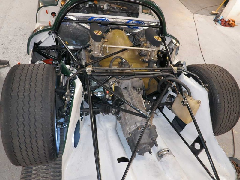 Une aventure mémorable, j'ai participé au Mans Classic 2012 en Porsche 906... - Page 5 Presqu12