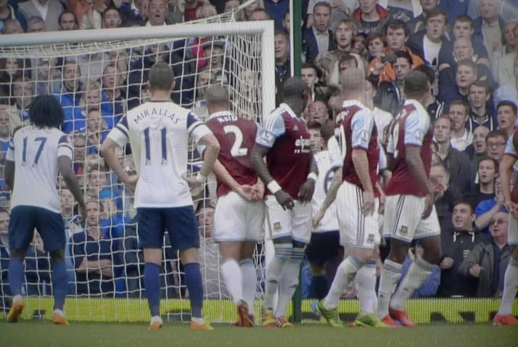 West Ham 2 Everton 3 (Baines 2, Lukaku) - Page 10 P1090010
