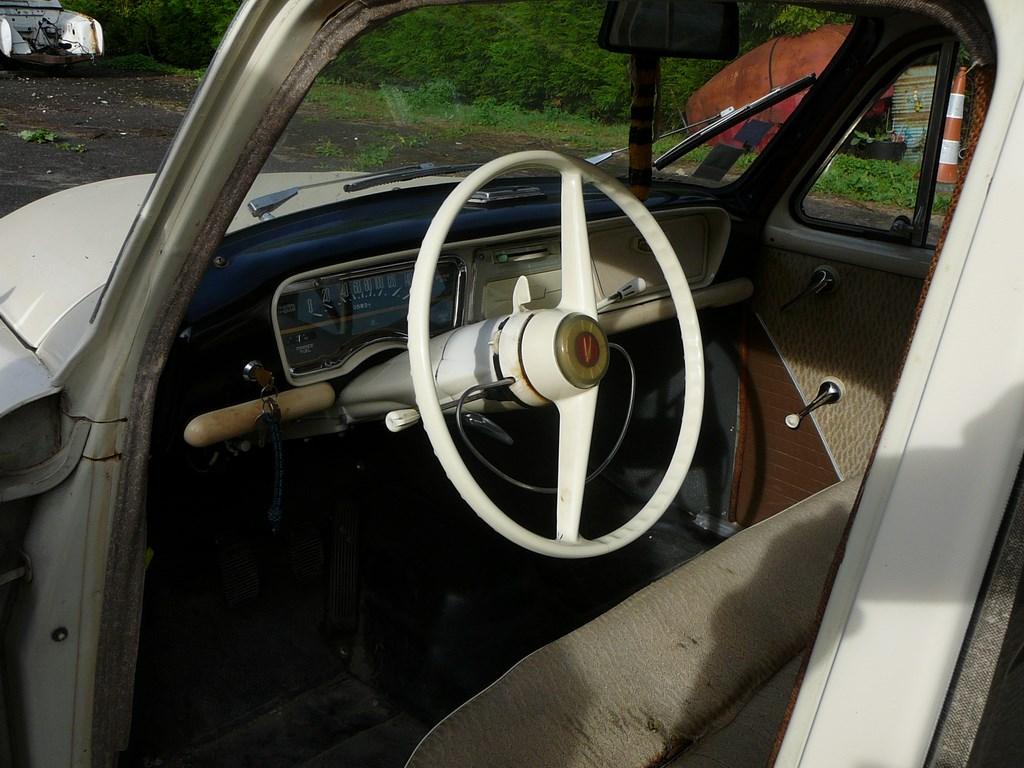Simca P60 de 1961 P1070421