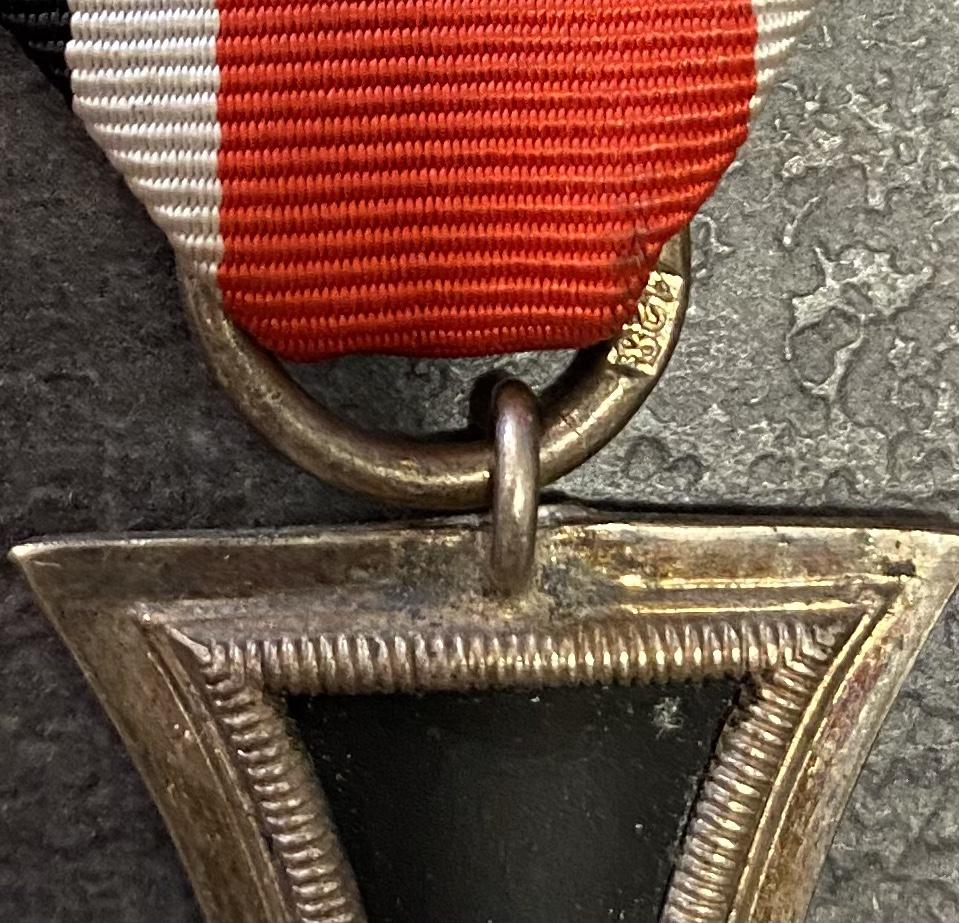 Croix de fer 2ème classe poinçon 128 identification et estimation  72123c10