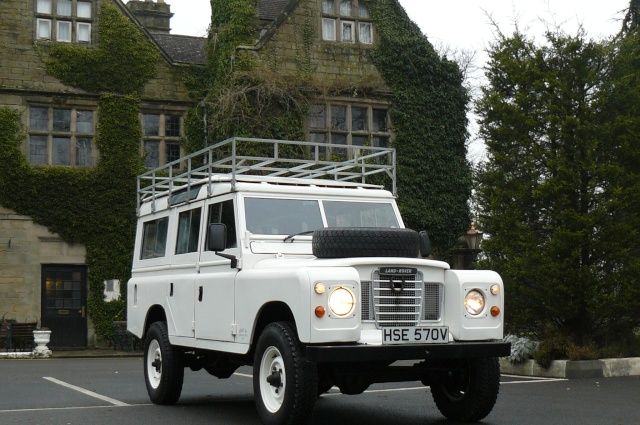 1979 Land Rover Series 3 109 12-seat Station Wagon – galvanised chassis & coil springs Warwic11