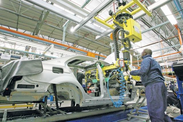 Batailles des travailleurs de l'automobile - Page 3 16082010