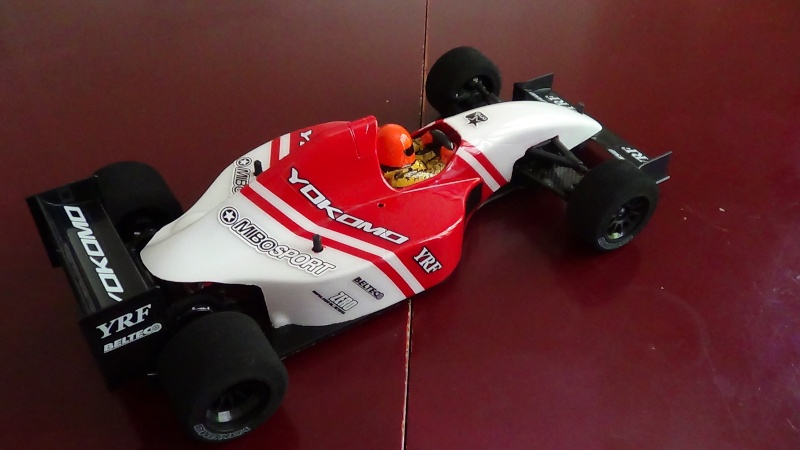 F1 au 1/10 Dsc00410
