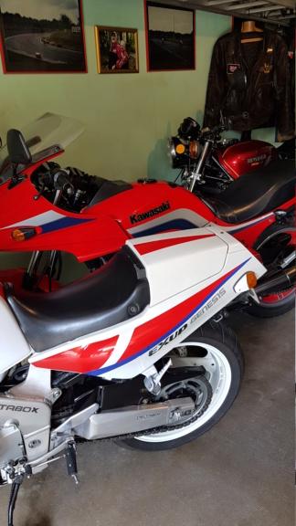 les motos d'un pote  Michel11