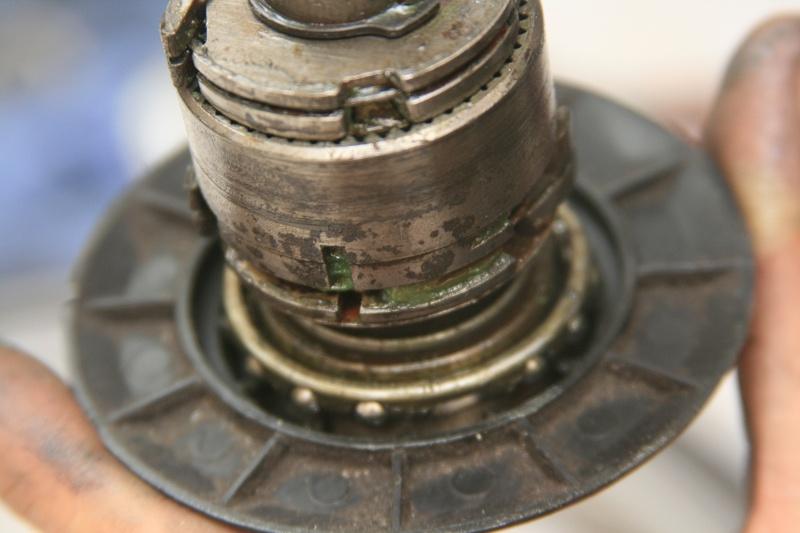 Moyeu 3 vitesses Brompton (SRAM, BSR) : démontage et entretien - Page 2 Img_3410