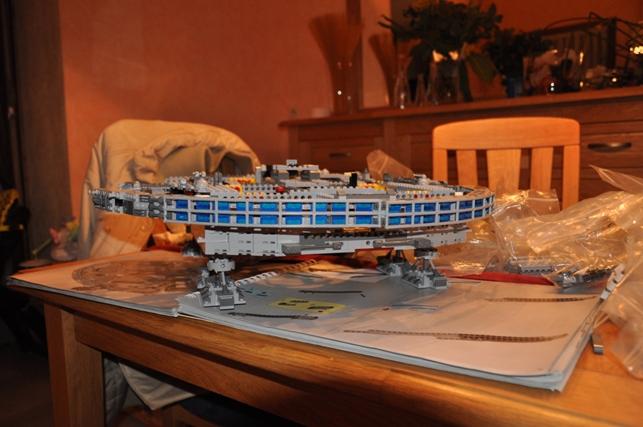Lego - 10179 - UCS Faucon Millenium  Dsc_0415