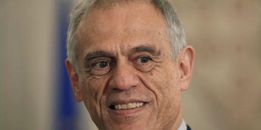 pour - Chypre : report du débat parlementaire sur le plan d'aide 18507710