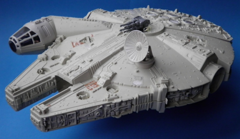 Millenium Falcon Restoration Dilemma - Any Ideas 1b_mil10