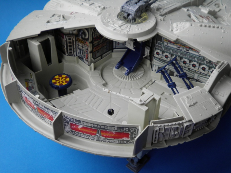 Millenium Falcon Restoration Dilemma - Any Ideas 1d_mil10