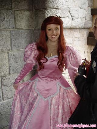 Nouvelles robes pour les princesses? - Page 5 Dsc02210