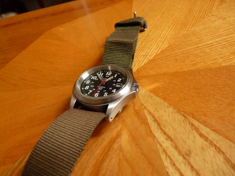 Un post qui référence les montres de brocante... tome II - Page 23 P1150211
