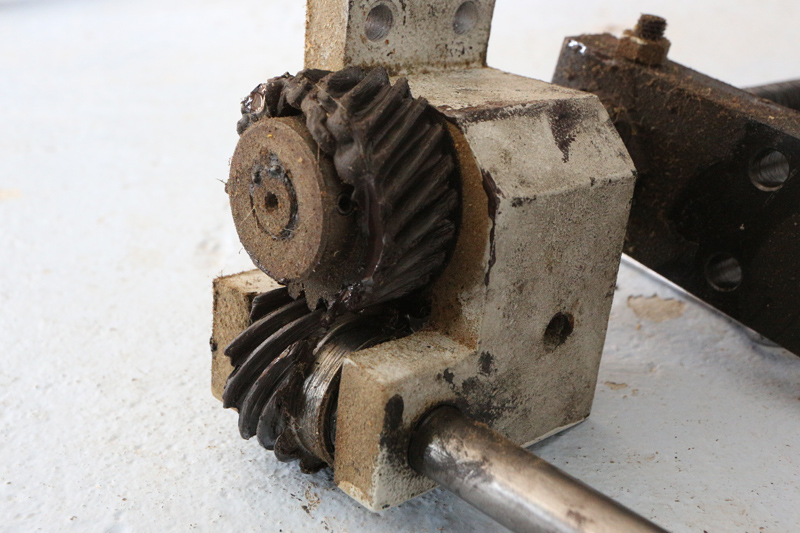 amélioration R D - Motorisation table raboteuse (voir p.13) et amélioration R/D Holztech FS320 (première partie)  28_mar22