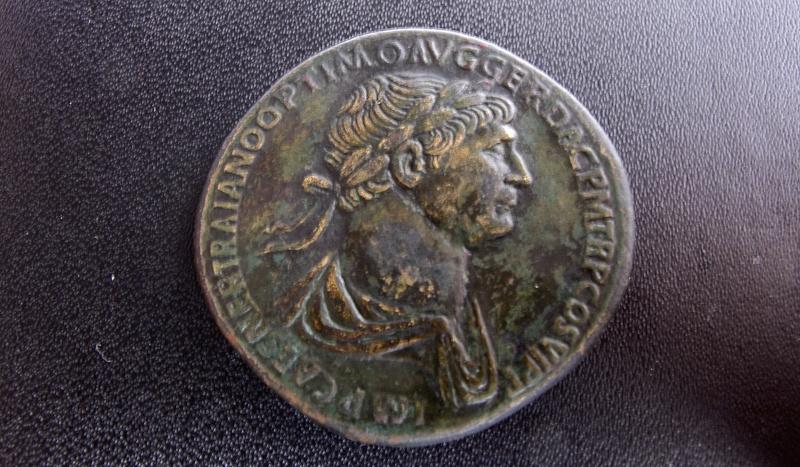 Sesterce de Trajan, faux ou regravé ? Img_2010
