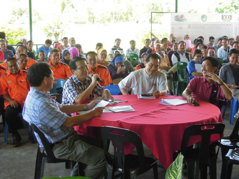 Jemputan Menghadiri Mesyuarat Agung Tahunan & Hari Keluarga KSH JPS Sabah 2013 Dscn0419