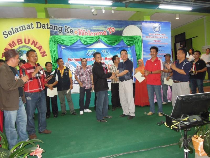 Jemputan Menghadiri Mesyuarat Agung Tahunan & Hari Keluarga KSH JPS Sabah 2013 - Page 2 Dscn0611